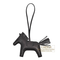 Rodeo charm MM Black Agneau