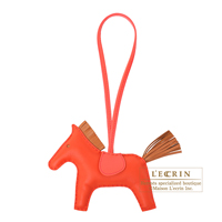 Hermes Rodeo charm MM Rouge indien/ Gold Agneau